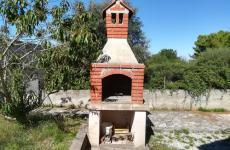 HOUSE_roštilj_1.jpg